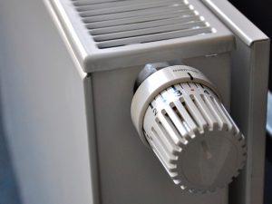 ¿Sale de verdad tan caro utilizar el aire acondicionado para climatizar espacios?